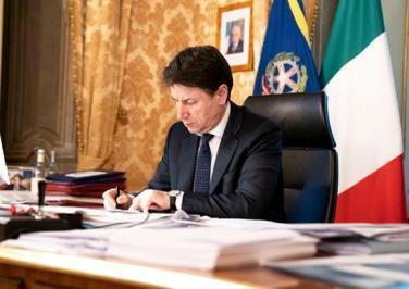 意大利總理簽署重啟經濟防疫法令 衛生部頒布實施