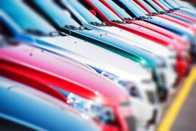 2020年12月中國汽車行業銷量同比增長5.4%